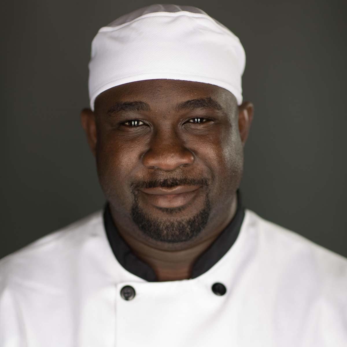 https://www.eryckdzotsi.com/wp-content/uploads/2020/03/eryck-dzotsi-chef.jpg